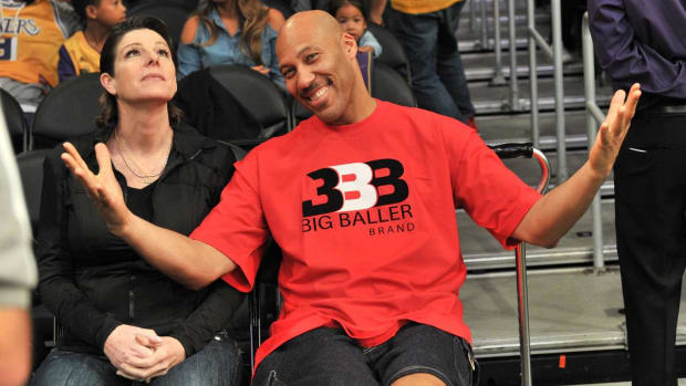 LaVar Ball Wants to Start a League for Players Who Don't Want to Go to College - IMAGE