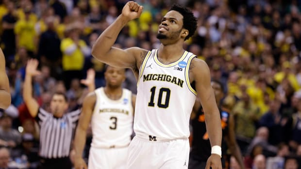 derrick-walton-viewing-guide-top.jpg