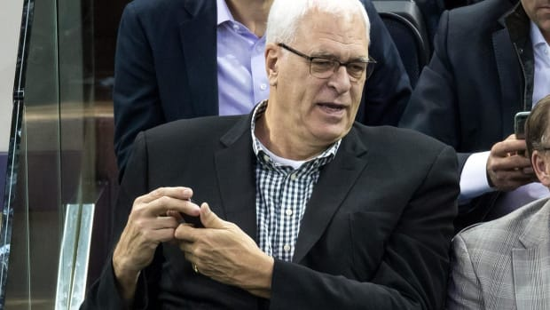 Phil Jackson takes another shot at Carmelo Anthony - IMAGE