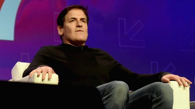 Mark Cuban tweets thoughts on Donald Trump and Russia--IMAGE