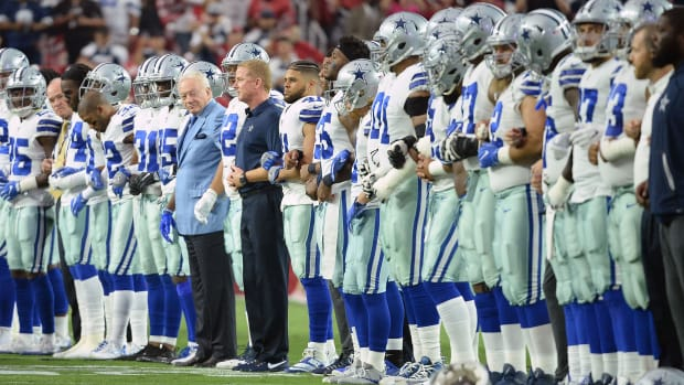 jerry-jones-says-players-must-stand.jpg