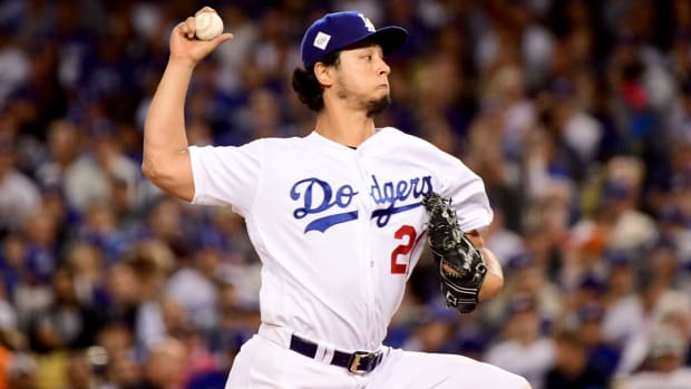 yu-darvish-signs-contract-mlb-free-agency.jpg