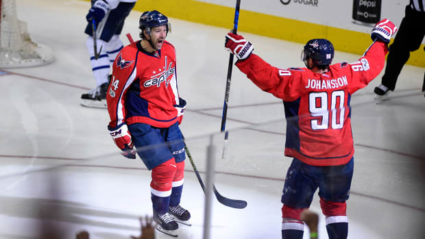justin-williams-clutch-goal-capitals-nhl-1300.jpg