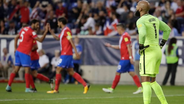 costa-rica-usa-tim-howard-goal-urena.jpg