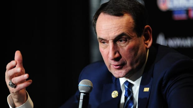 Duke head coach Mike Krzyzewski to undergo back surgery, take leave of absence IMAGE