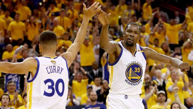 nba-finals-game-2-curry-durant.jpg