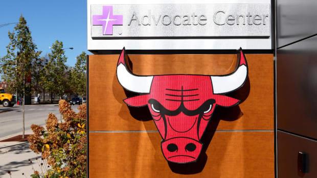 Car Crashes Into Chicago Bulls Training Facility IMAGE