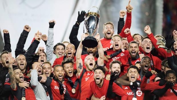 mls-cup-toronto-fc-trophy-lift.jpg