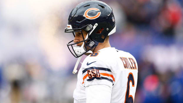 Report: Dolphins, Jay Cutler Agree to 1-Year, $10 Million Deal - IMAGE