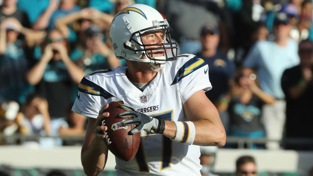 chargers-philip-rivers-injury-update-concussion.jpg