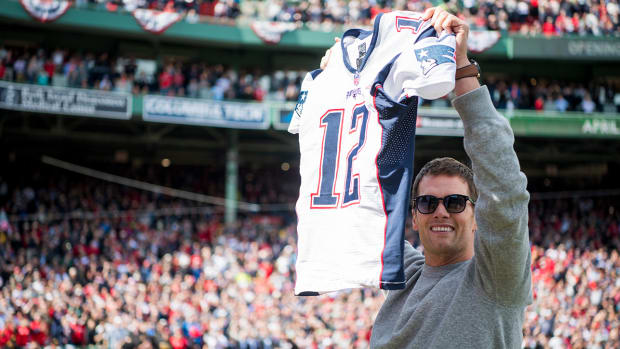 tom-brady-super-bowl-jersey-sox.jpg