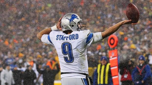 matthew-stafford-detroit-lions-touchdown-celebration.png