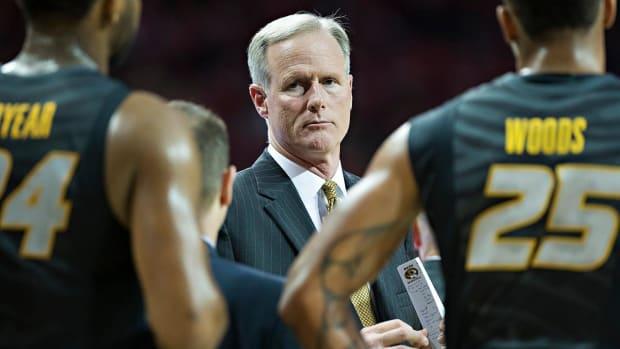 Kim Anderson steps down as Missouri head coach - IMAGE