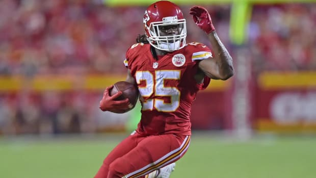 Chiefs release longtime running back Jamaal Charles - IMAGE