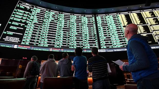 nfl-gambling-sports-book.jpg