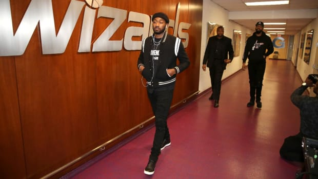 Wizards keep promise, wear all black to game vs. Celtics - IMAGE