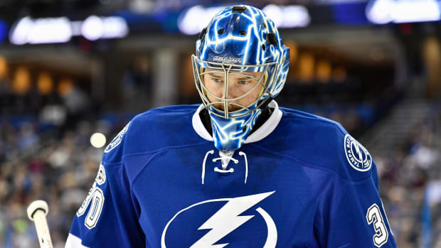 ben-bishop-traded-lightning-kings.jpg