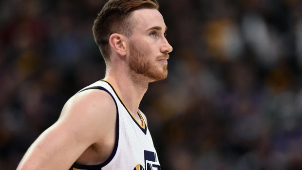 Utah Jazz fans burn Gordon Hayward jerseys - IMAGE