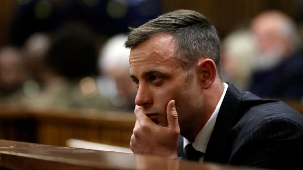 Oscar Pistorius' Prison Sentence Doubled to 13 Years - IMAGE