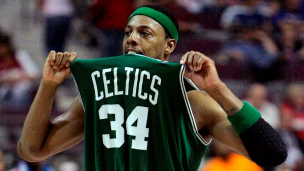 paul-pierce-retires-with-celtics.jpg