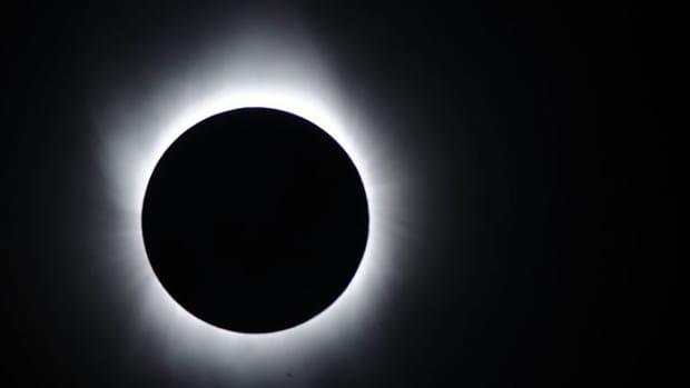 total-solar-eclipse-watch-online-live-stream-tv-channel.jpg