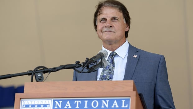 Report: Tony La Russa Joining Red Sox in Front Office Role - IMAGE