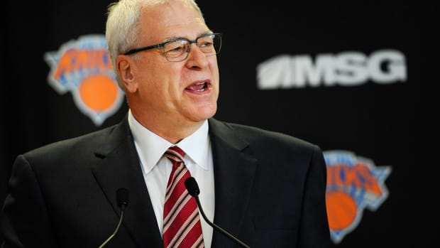 Phil Jackson: Carmelo Anthony 'would be better off somewhere else' - IMAGE