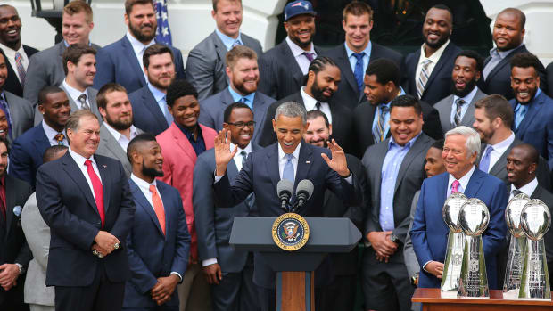 barack-obama-best-sports-jokes.jpg