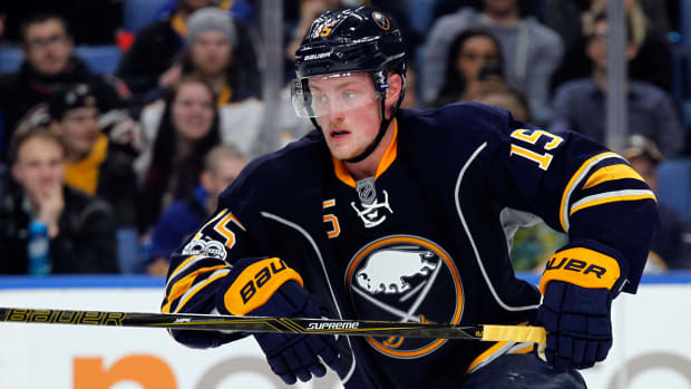 jack-eichel-sabres-contract-extension-nhl-1300.jpg