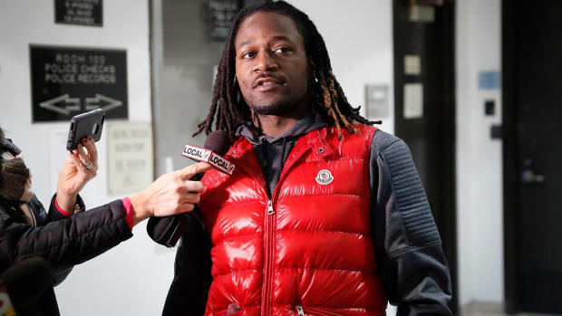 Bengals cornerback Adam Jones pleads guilty to obstruction charge - IMAGE