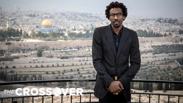 amare-stoudemire-israel-basketball.jpg