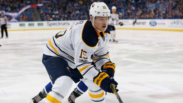 jack-eichel-nhl-players-to-watch-1300.jpg