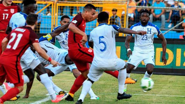 Draw vs. Honduras Keeps USMNT's World Cup Hopes Alive--IMAGE