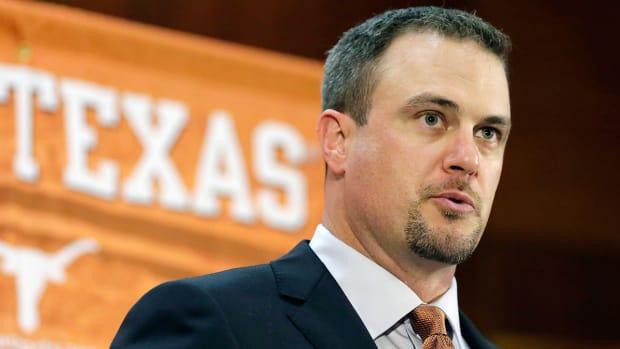 tom-herman-texas-longhorns-football-recruiting-close-national-signing-day.jpg