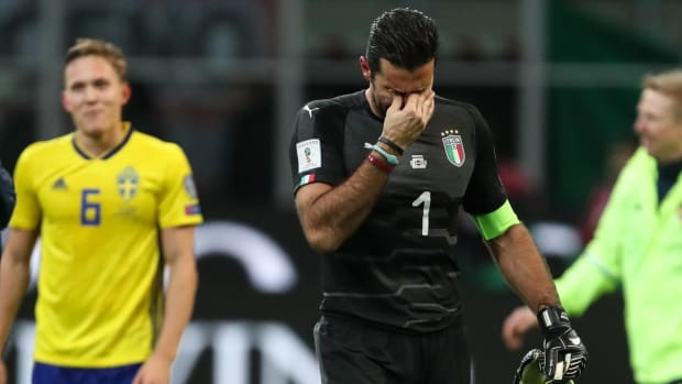 Italy Misses World Cup for First Time Since 1958--IMAGE