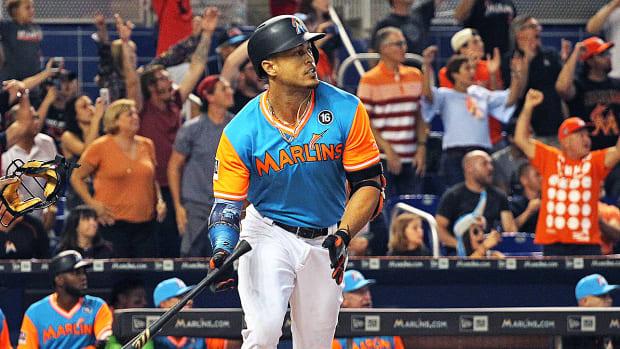 marlins-giancarlo-stanton-50-home-runs.jpg
