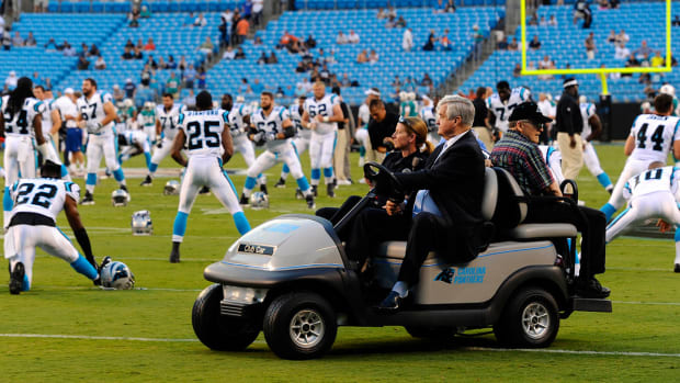 jerry-richardson-sell-panthers.jpg