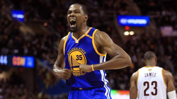 Reports: Kevin Durant agrees to discounted two-year deal with Warriors - IMAGE