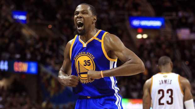 kevin_durant_marquee_warriors.jpg