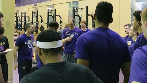 mike-hopkins-washington-huskies-basketball-new-coach.jpg