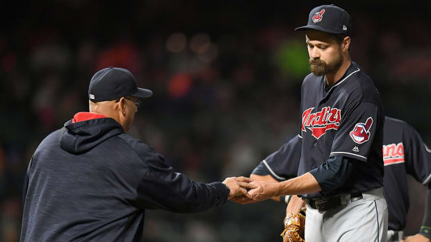 andrew_miller_back_to_dl_after_coming_back_against_boston