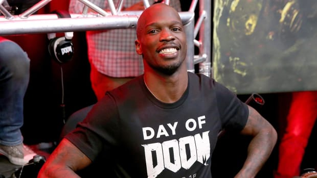 Chad Johnson wants to fight on Mayweather-McGregor undercard - IMAGE