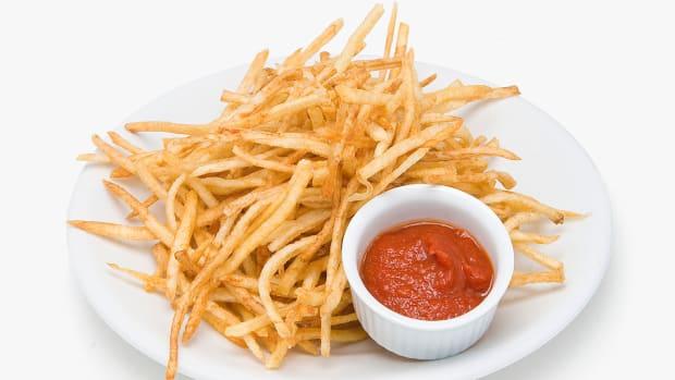 shoestring-fries.jpg