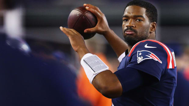 Patriots trade QB Jacoby Brissett to Colts for WR Phillip Dorsett - IMAGE