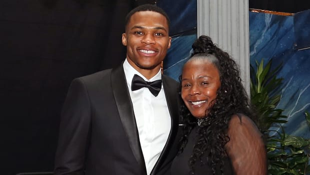 russell-westbrook-mom.jpg