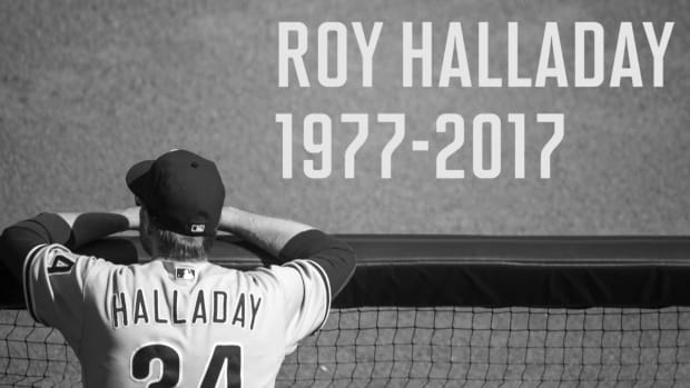 Former Cy Young Winner Roy Halladay Dies in Plane Crash--IMAGE