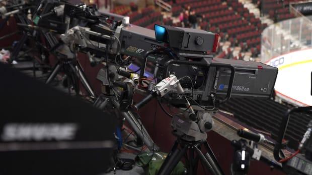 tv-camera-nhl-hockey-movies-1300.jpg