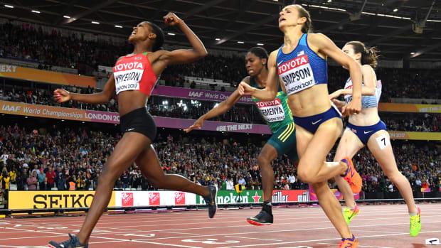 jenny-simpson-silver-london-2017-watch-race-video.jpg