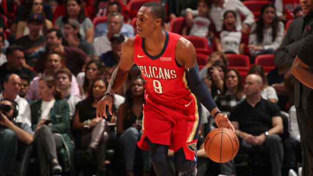 Pelicans Point Guard Rajon Rondo Dishes Out 25 Assists Against Nets--IMAGE