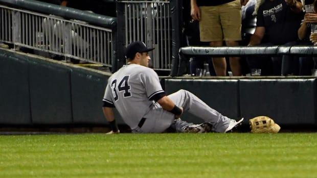 Yankees rookie Dustin Fowler sustains ruptured patella tendon in MLB debut - IMAGE